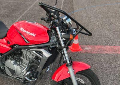 Kawasaki ER-5_04