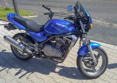 Kawasaki ER5_01